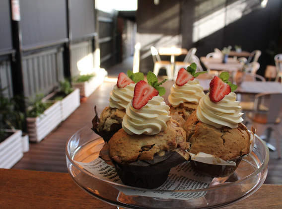 strawb muffins.jpg