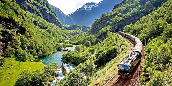 flamsbanen-travel-by-train-norway-2-1_ba