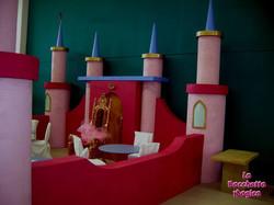 castello principesse ludoteca.jpg