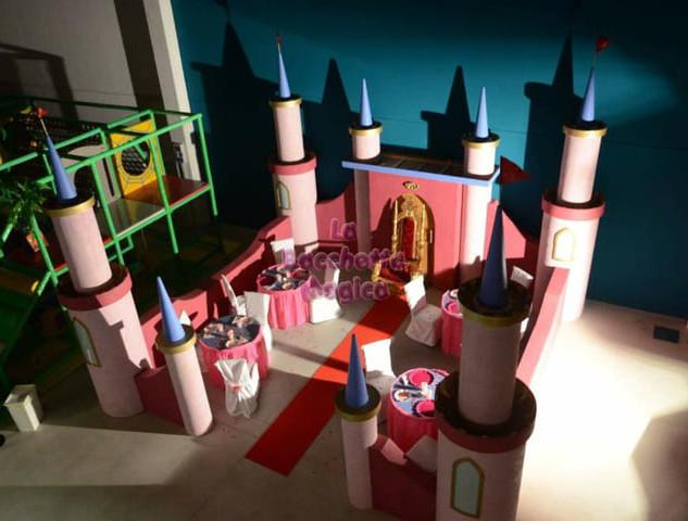 scenografia castello principesse; (3).jp