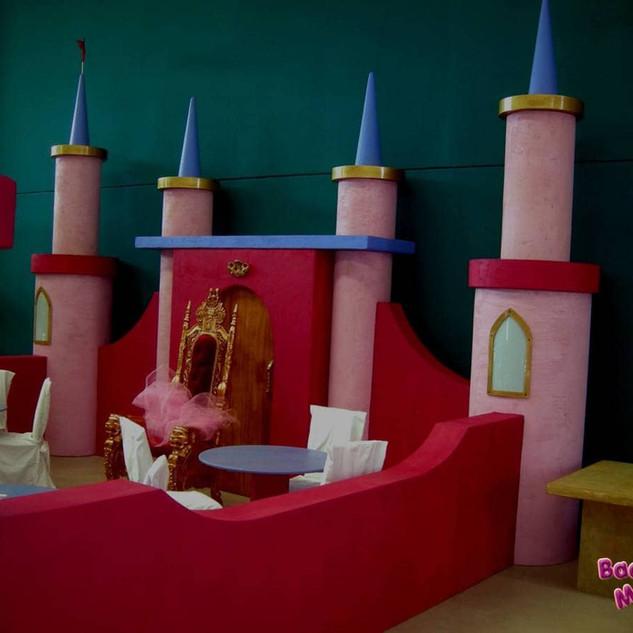castello principesse ludoteca (1).jpg