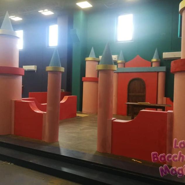 castello scenografia ludoteca (5).jpg