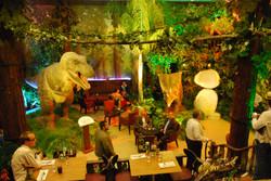 sala dinosauri feste.jpg