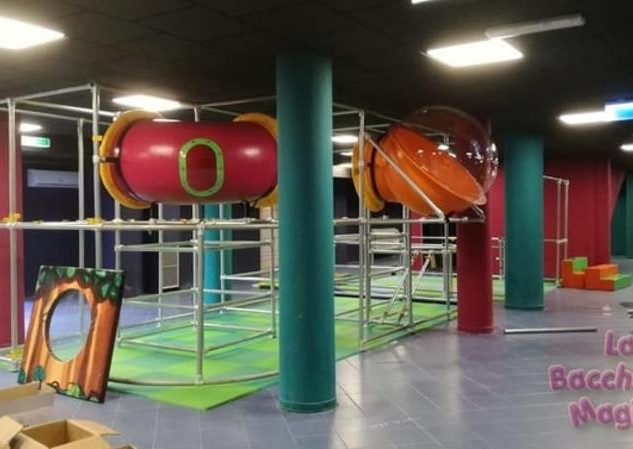 installazione playground ludoteca (6)-mi