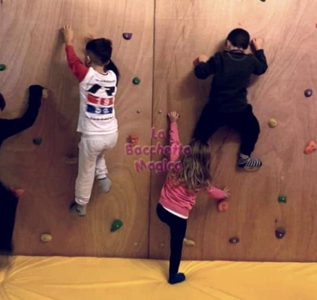 parete arrampicata (1).jpg