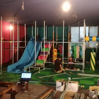 installazione playground ludoteca (8)-mi
