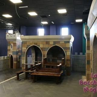 castello scenografia ludoteca (7).jpg