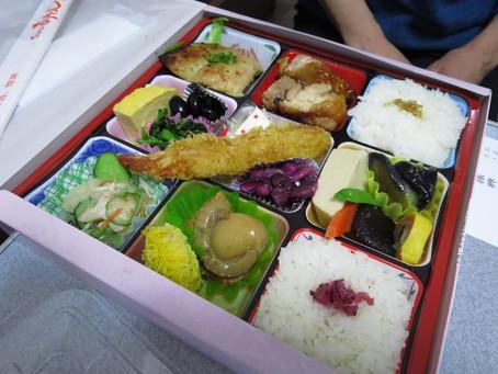 恒例町弁大会 今年は300円から自慢のお弁当が販売です!