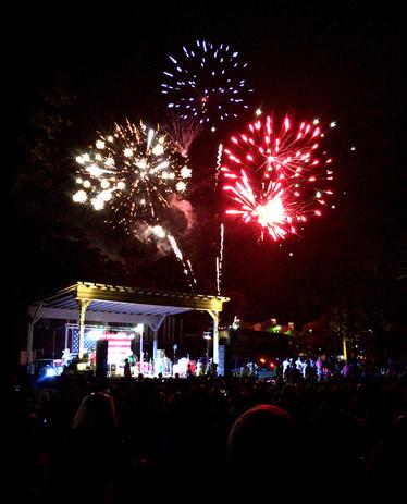 Mauldin SC beachinfridays-fireworks3.jpg