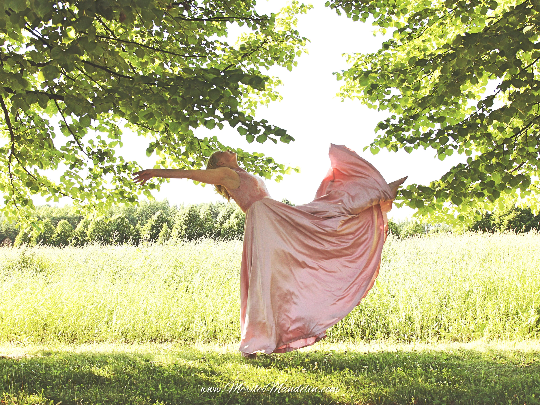 Merilei Mandelin KAAMOS Clothing