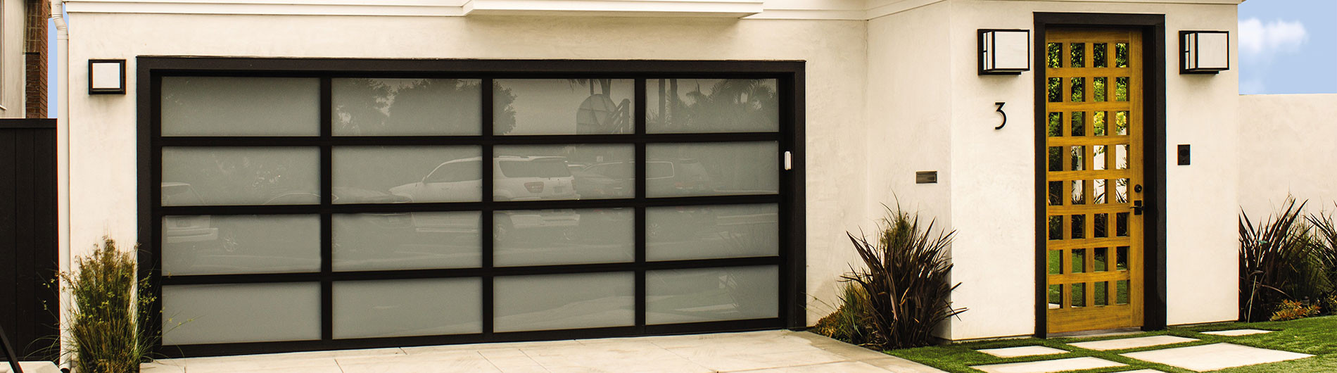8800-Aluminum-Door-Anodized-Black-WhiteL