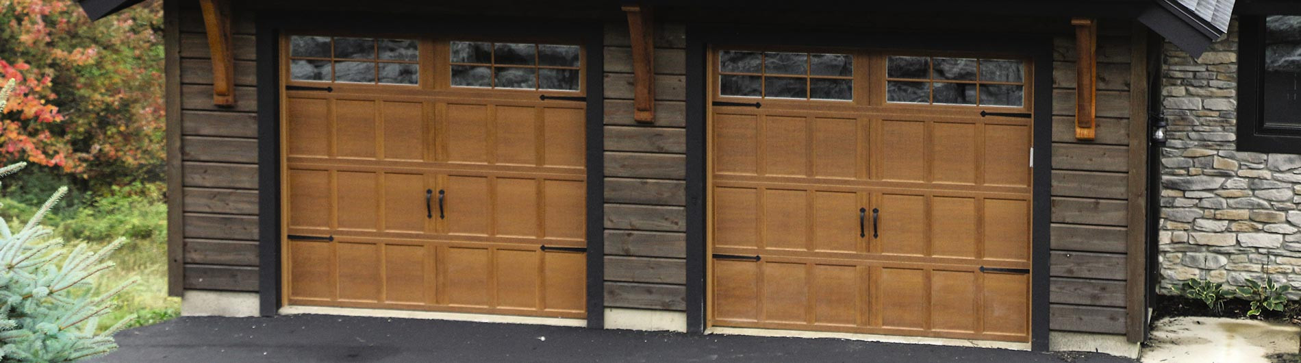 9700-CH-Garage-Door-Providence-NaturalOa