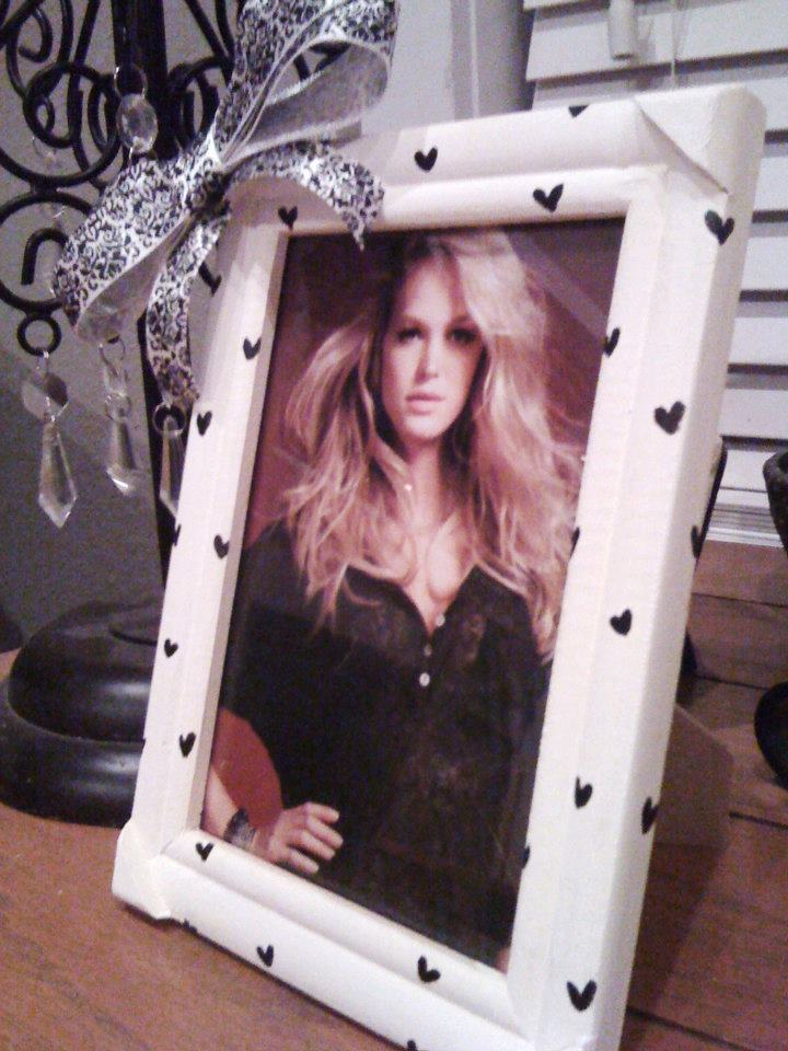 White and Black Hearts Frame