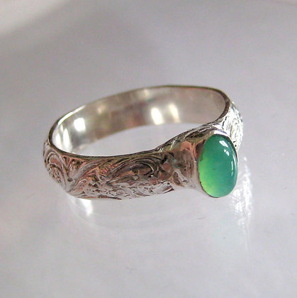 Silver Patterned Ring with Green Chrysoprase