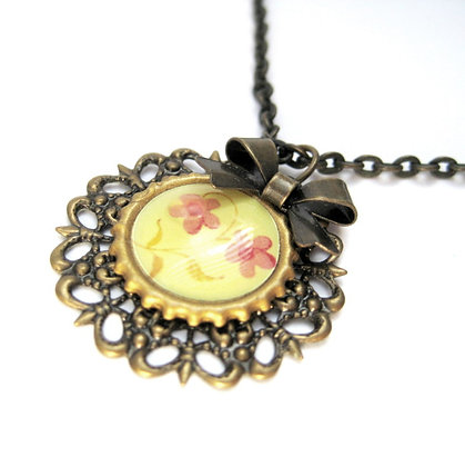 Filigree Necklace with Bow