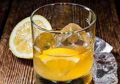 Pama Whiskey Sour