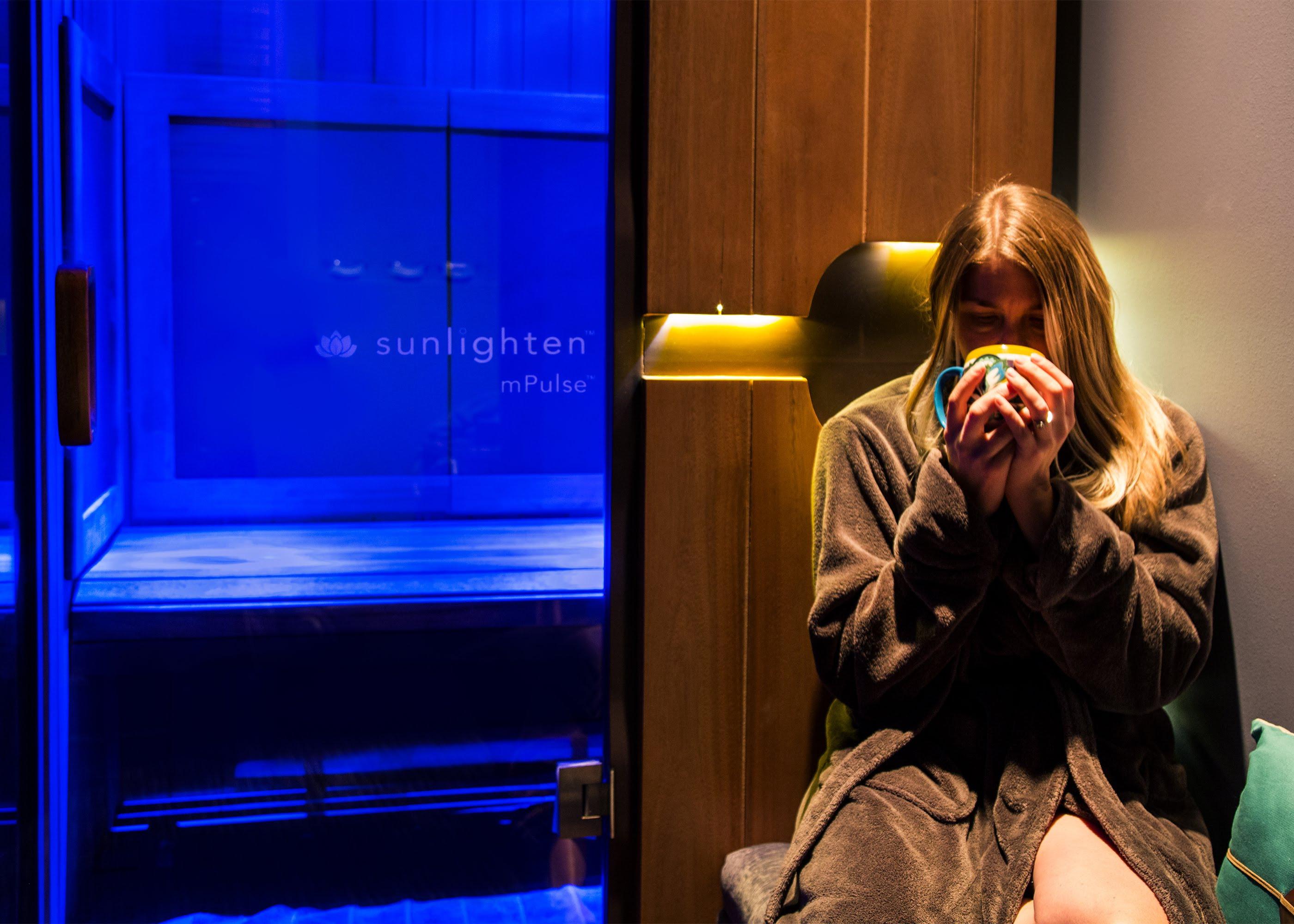 30 min. Infrared Sauna Session + Tea