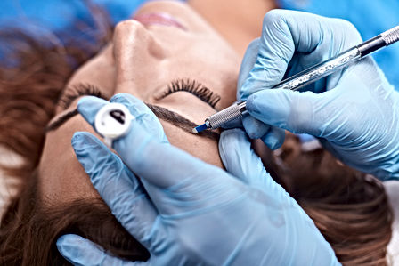 microblading-close-up,-hands-adding-pigm