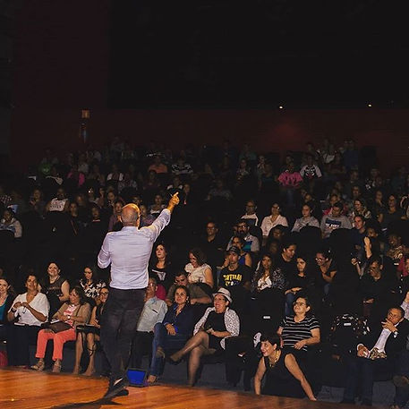 André Castro é palestrante transformando vidas cm palestras de motivação e superação
