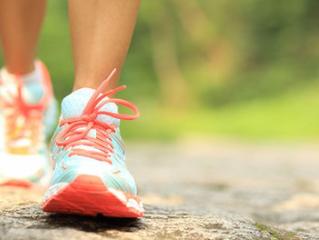 Caminhar torna o cérebro mais criativo e cura as tristezas!