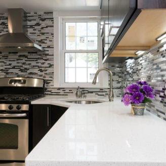 Backsplash-and-quartz-Counter-top-328x32