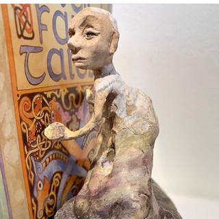 Bookend sculpture