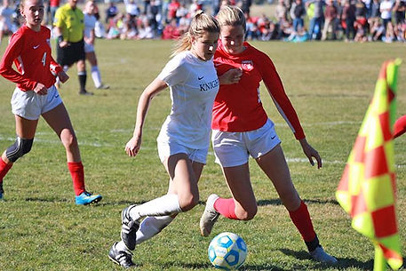 lauren soccer.jpg
