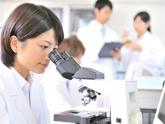臨床検査技師の仕事内容と目指せる大学一覧