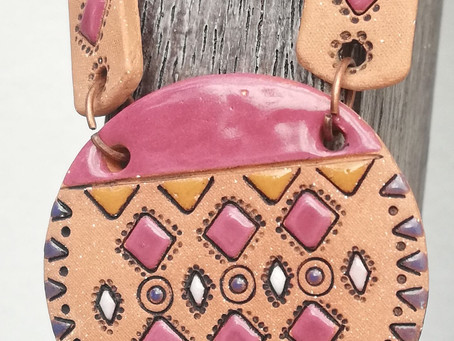 In the world of ethnic ceramic jewelry