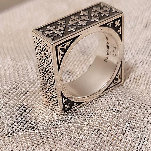 "Handmade Sterling Silver Ring ""Nakhshoon"""