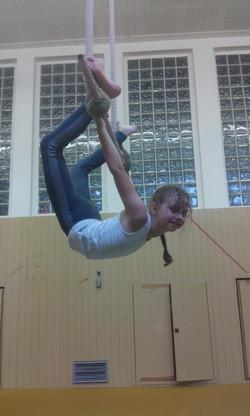 Livia Vogelnest im Trapez