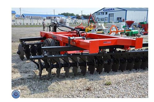 2,8 m-es közép-nehéz vontatott V tárcsa 150 x 150