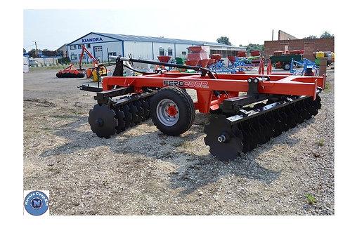 2,6 m-es közép-nehéz vontatott V tárcsa 150 x 150
