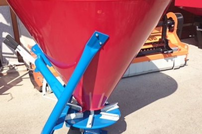 Műtrágyaszóró RG 300 literes