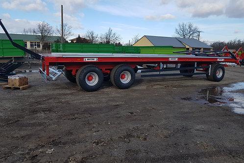 13,7 tonnás háromtengelyes bálaszállító pótkocsi 3A180 BICCHI