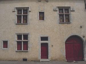 Maison_XVIeme_3_têtes.JPG