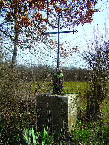 croix Maisoncelles.JPG