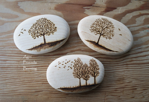 Tree Design Wooden Pebble AP