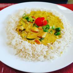 Hühnchen-Curry mit Reis