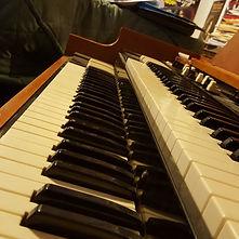 Hammond B3 (2).jpg