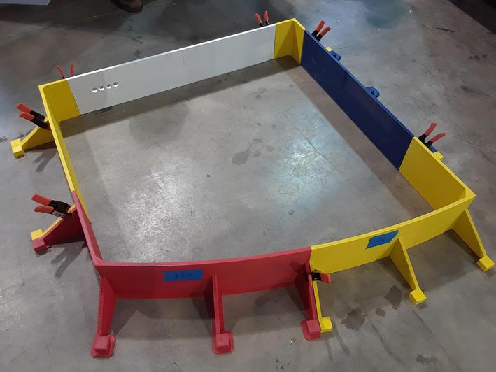 Concrete mold assembly