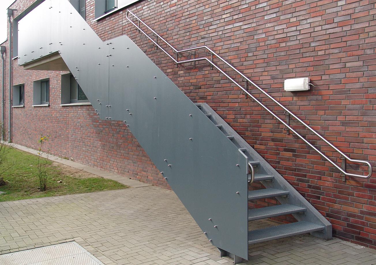 Galerie_gerade-Außentreppe-StW-037-01