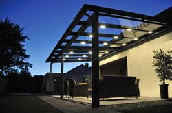 Terrassenüberdachung mit LED