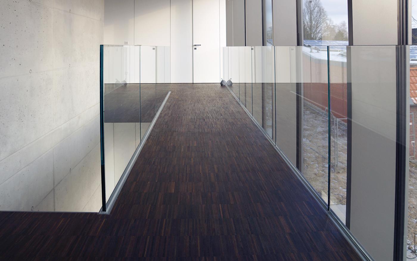 Galerie_Glasgeländer-Brüstung-Geländer