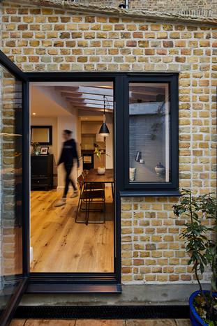 New Photos! Garden Flat Extension / Tachbrook Street, London, SW1