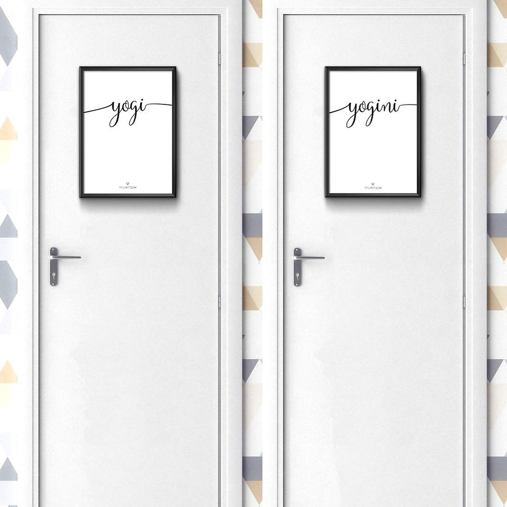 Dos puertas blancas con unos cuadros de unas láminas que ponen yogui y yoguini