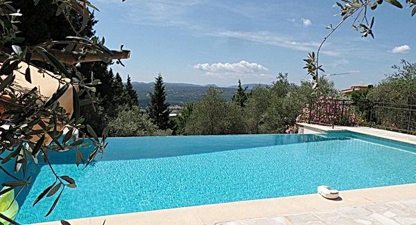 picholine-villa-rental-callian-view.jpg