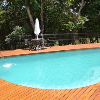 jardins_do golfe_piscina.jpg
