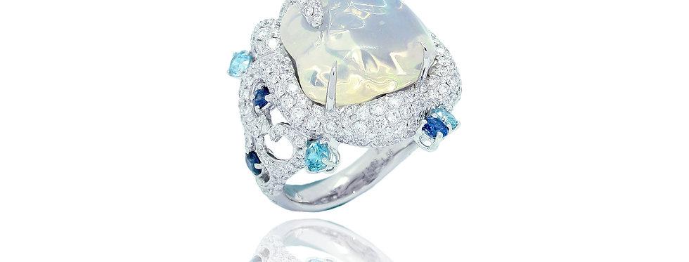 """""""Polar""""18K白色和黑色黃金 白色蛋白石戒指鑲嵌藍寶石和鋯石"""