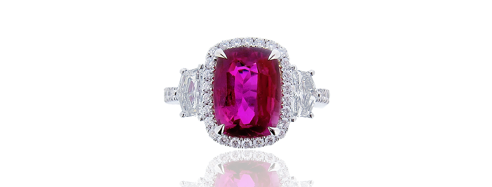 Pink Sapphire Ring in 18K White Gold